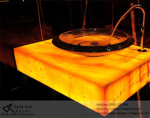 Backlit stone veneer
