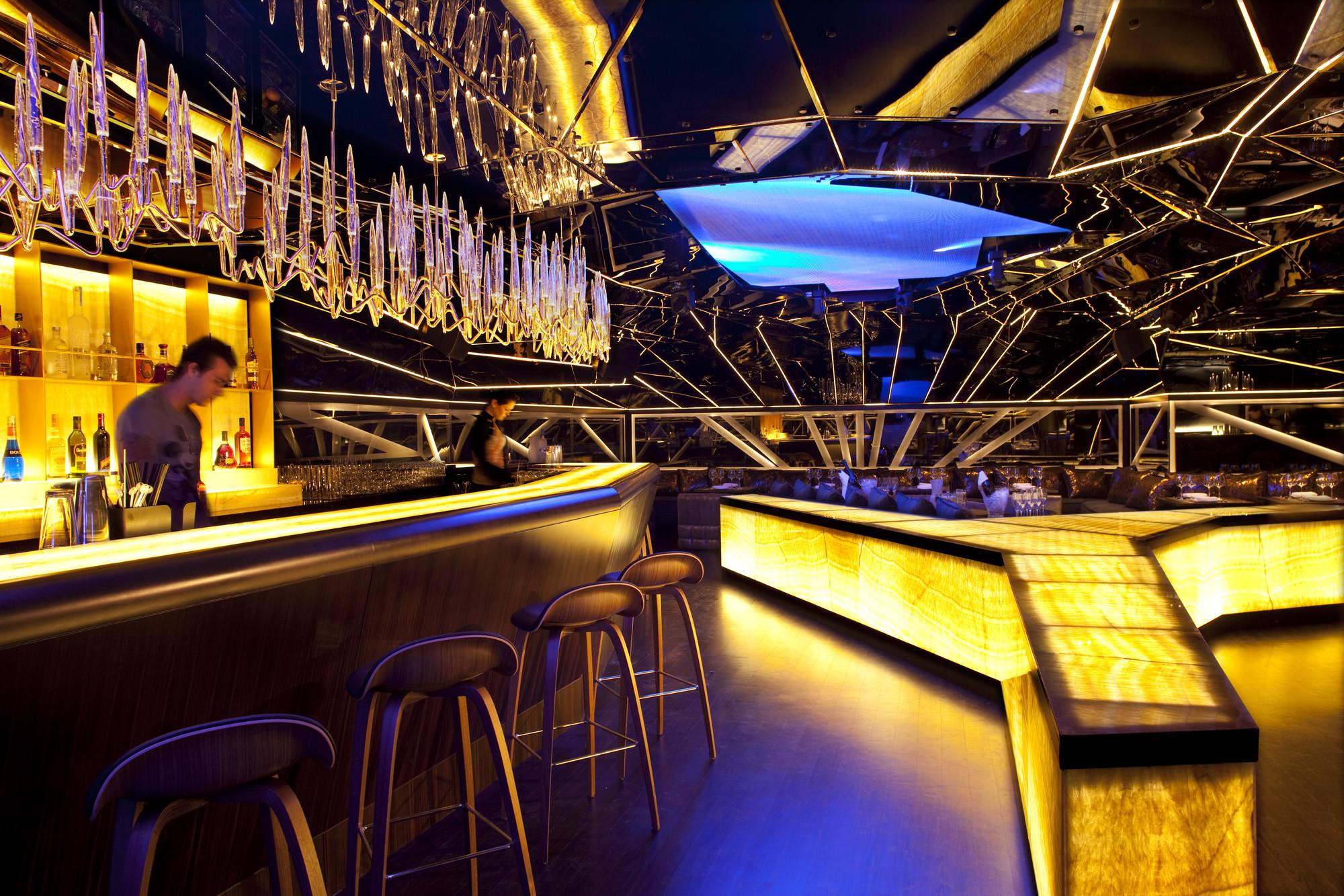 3 cách thiết kế quán bar 3
