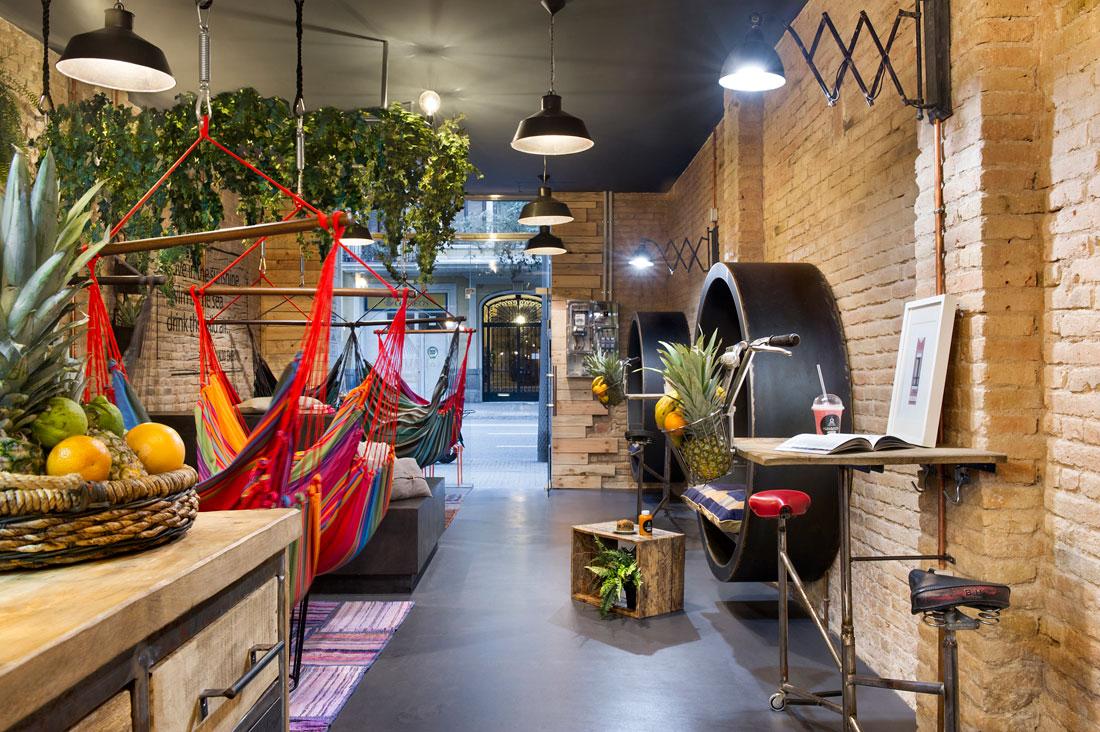 thiết-kế-quán-cafe-không-gian-nhỏ 1