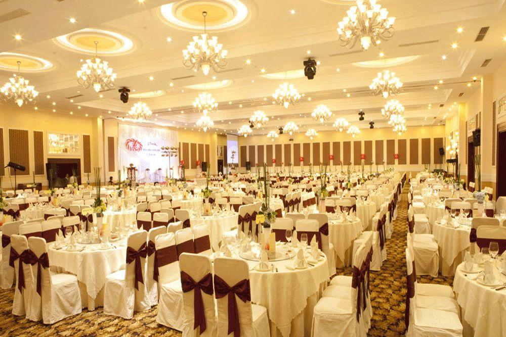 tiêu-chuẩn-thiết-kế-nhà-hàng-tiệc-cưới 4