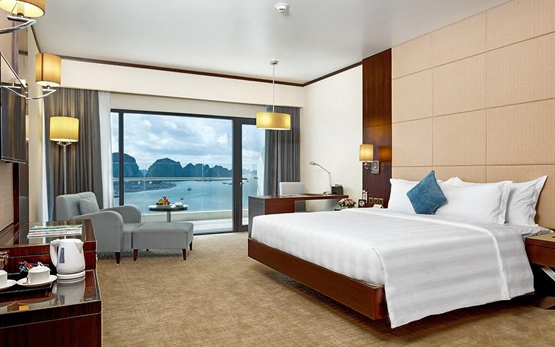 Trang trí phòng khách sạn 3
